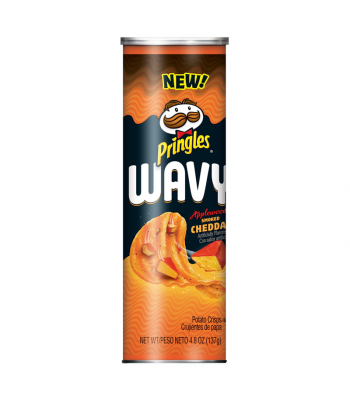 Pringles Wavy Applewood Smoked Cheddar - 4.83oz (137g) Snacks and Chips Pringles